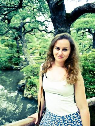 39 Claire W Japan